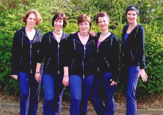 Tanzgruppe 001a